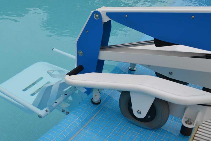 Sollevatori Mobili Per Piscina : Sollevatore mobile per disabili da piscina bluone