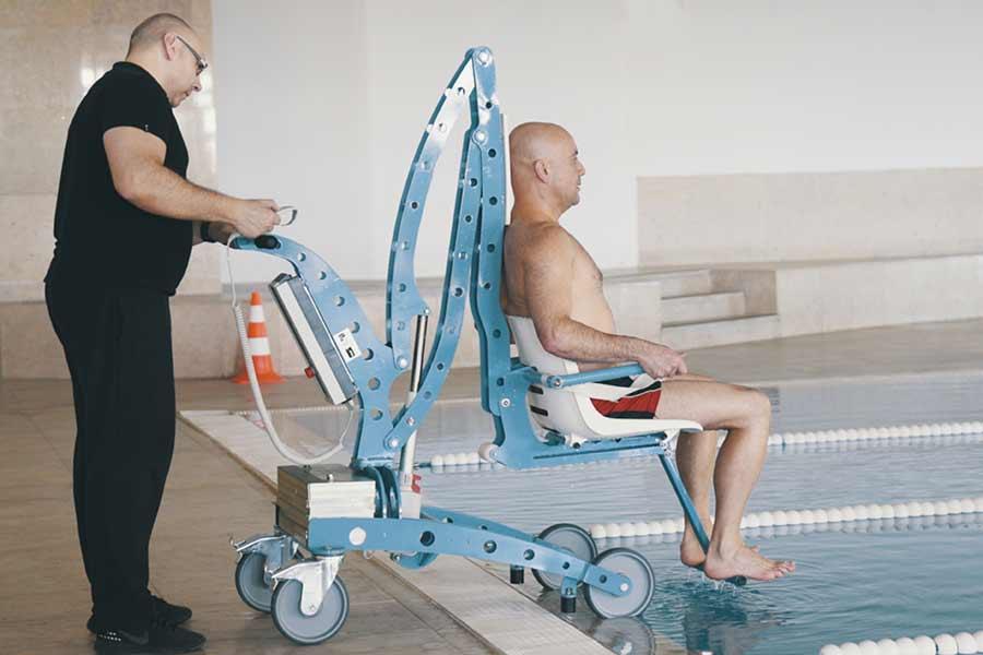Sollevatore per piscina economico