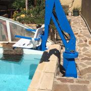 sollevatore fisso per disabili piscina