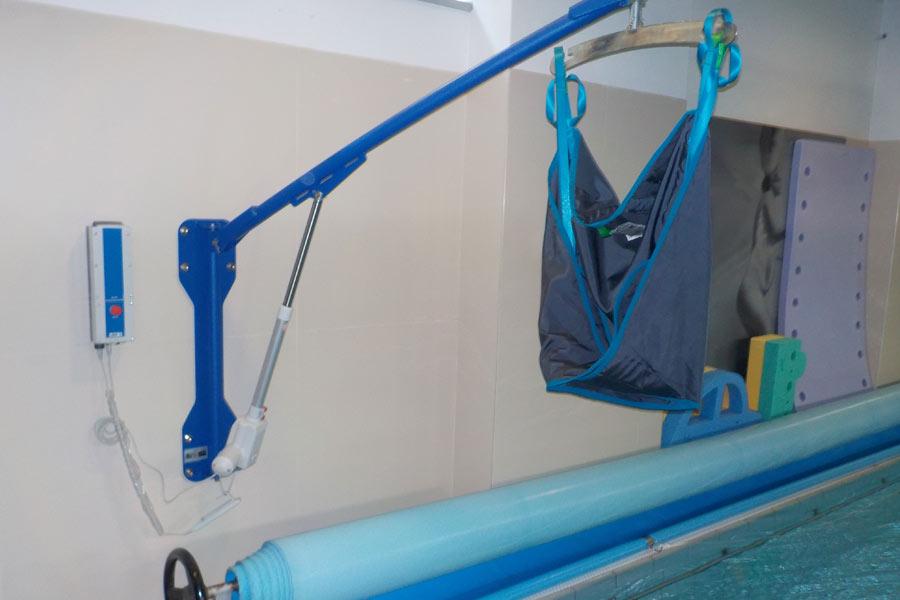 sollevatore fisso piscina