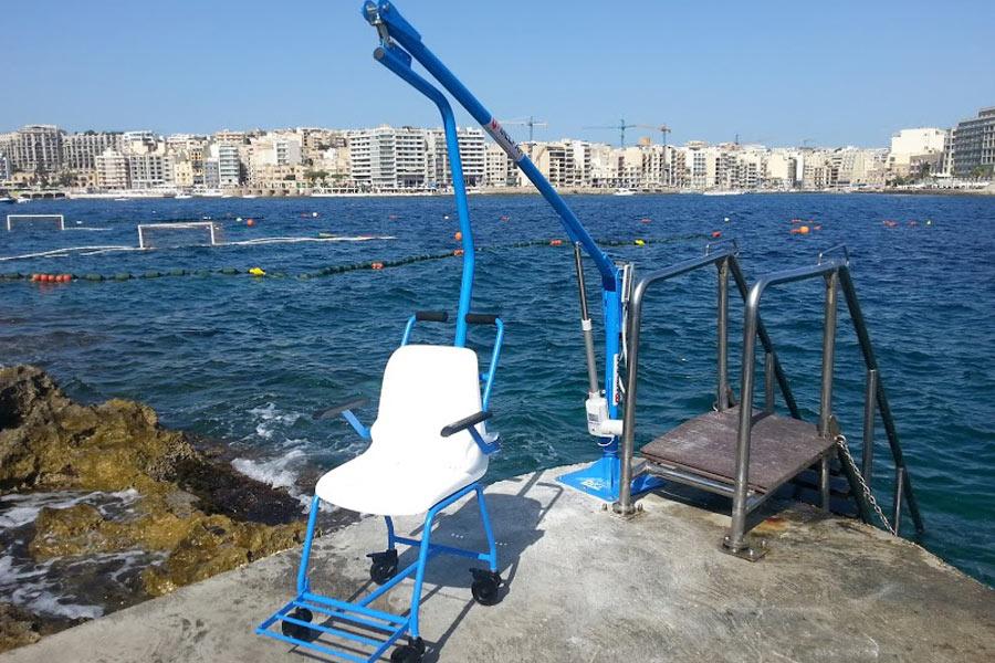 Sollevatori Mobili Per Piscina : Sollevatori per disabili da piscina