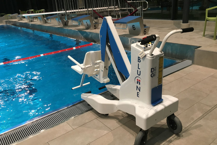 sollevatore mobile per piscina