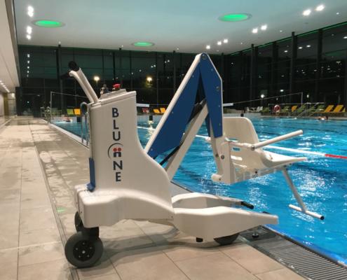 Sollevatore per piscina disabili