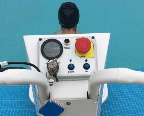 Sollevatore piscina disabili