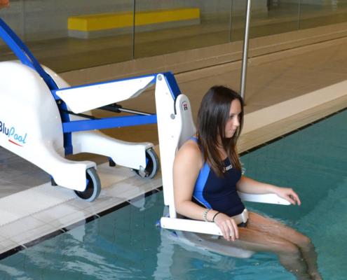 Sollevatore piscina per disabile