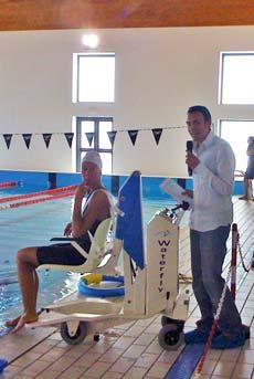 Un sollevatore mobile per disabili in piscina digi project - Sollevatore piscina per disabili ...
